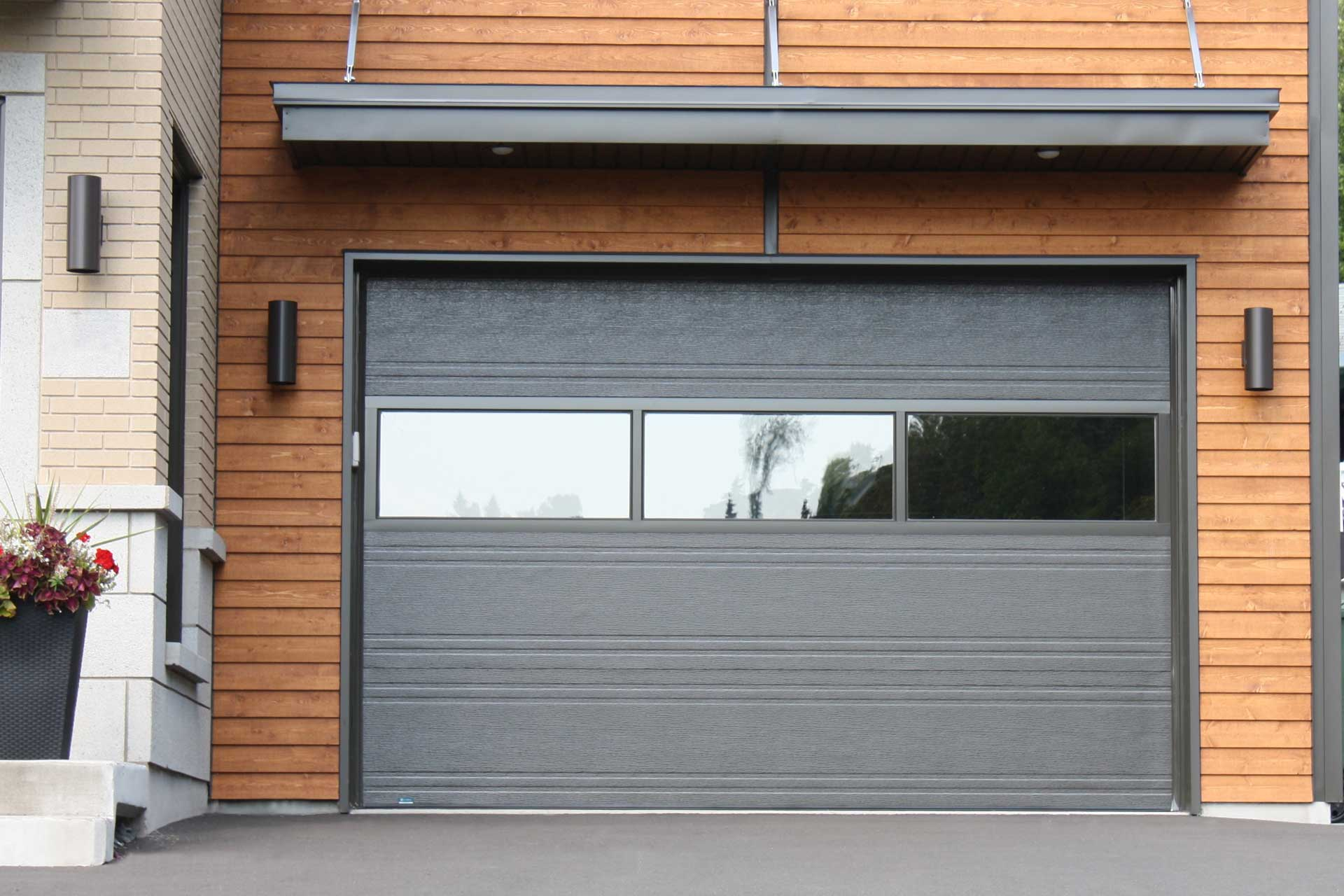 Pro moderne portes isolex porte de garage r sidentielle for Porte de garage en promotion